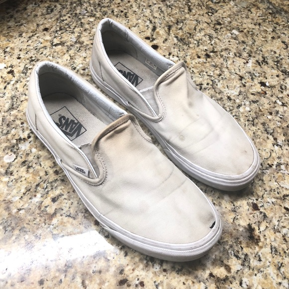 c6b28928f32 Mens Vans On Slip Poshmark White Shoes O5wxB